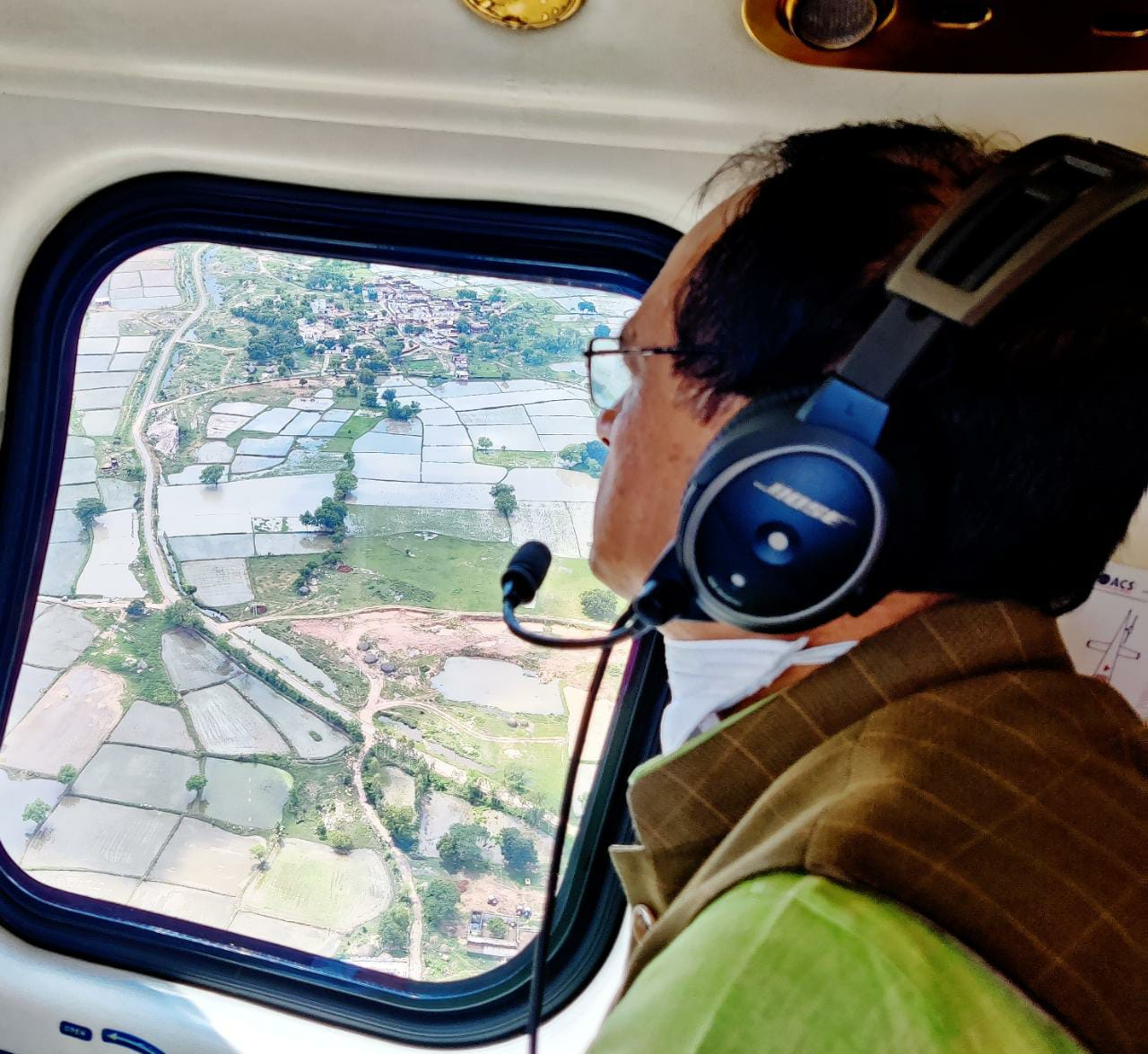 मुख्यमंत्री ने किया ग्वालियर चंबल के बाढ़ प्रभावित क्षेत्रों का हवाई दौरा