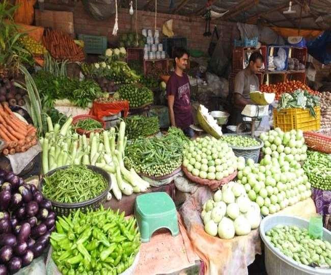 त्योहारी सीजन में महंगाई की मार, आसमान छू रहे सब्जियों के दाम